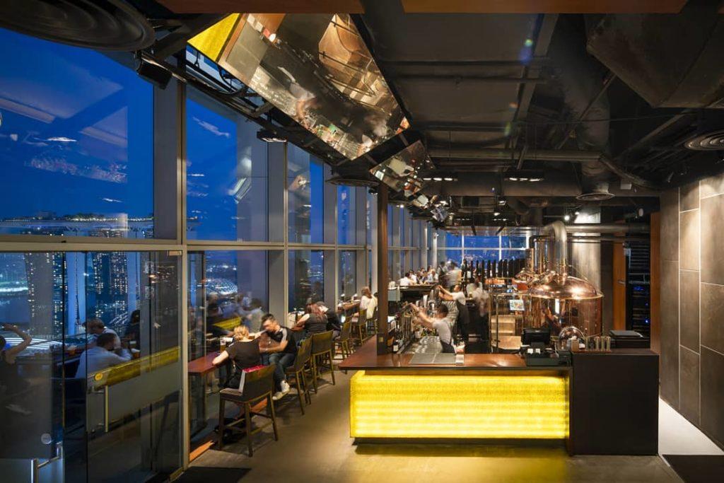 LeVeL33 Craft-Brewery Restaurant & Lounge, bia thủ công, nhà hàng