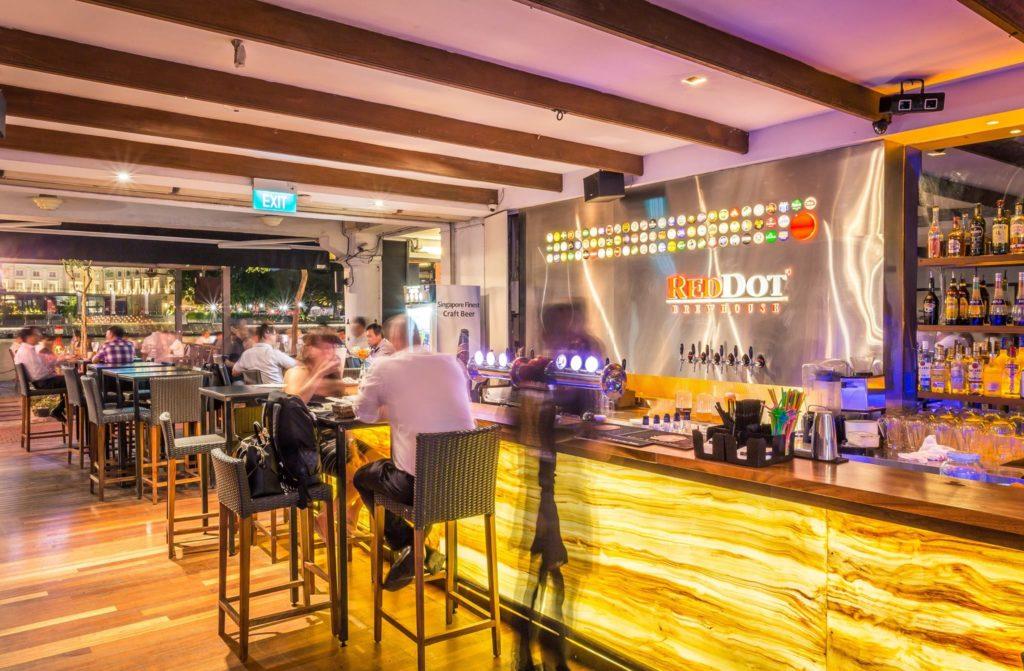 nhà hàng bia tại singapore, dịch vụ đặt hàng trực tuyến, giao tận cửa khách hàng
