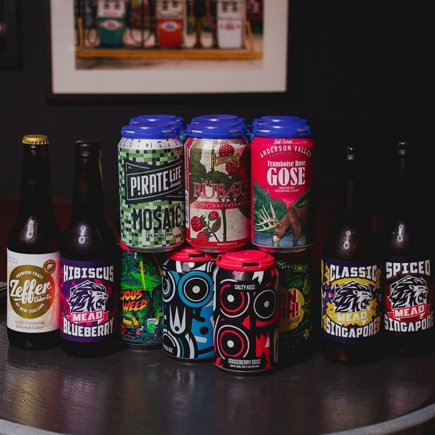 bia chai mang đi, giao bia chai thủ công, đặt bia trực tuyến, in bad co. singapore